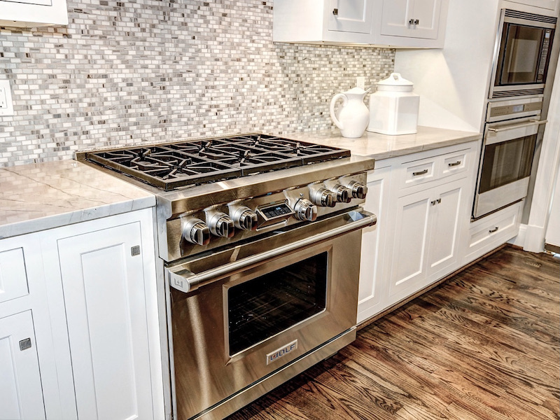 A Guide To Choosing The Best Cooktop Or Range For You - Gas vs Cooktop