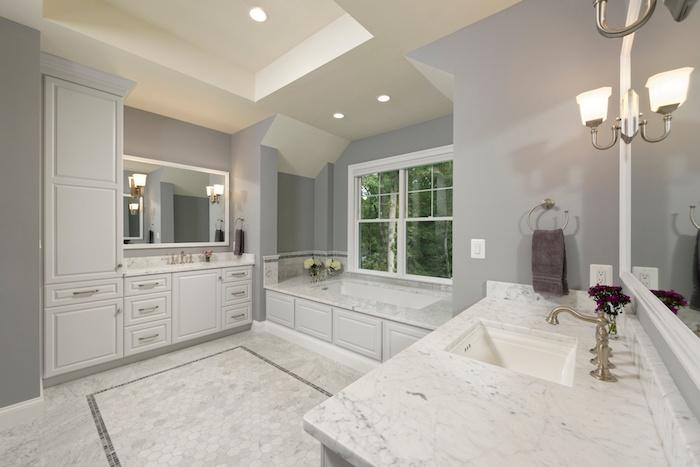 10 New Trends In Bathroom Tile Design - 6.jpeg