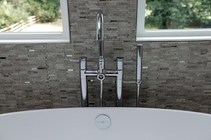 10 New Trends In Bathroom Tile Design - 8.jpeg
