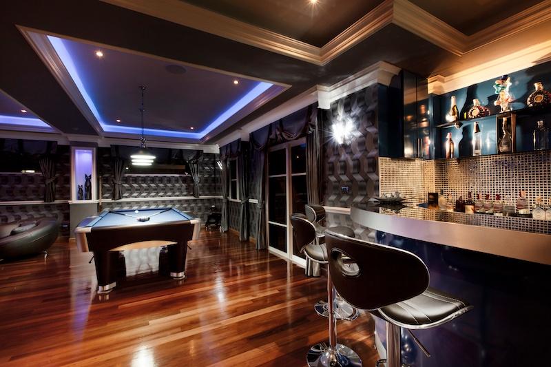 14 Home Bar Design Ideas -4.jpeg