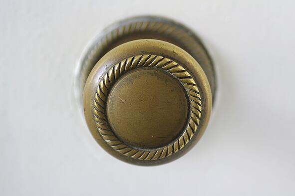 Tips_For_Selecting_The_Right_Hardware_For_Your_Interior_Doors_3.jpeg