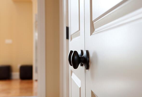 Tips_For_Selecting_The_Right_Hardware_For_Your_Interior_Doors_7.jpeg