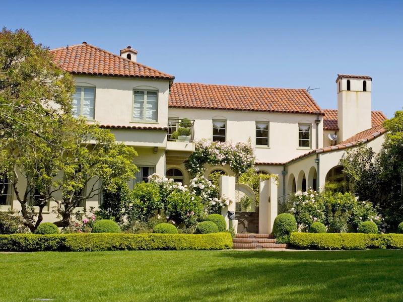 Guide To Home Exterior Siding Materials - Stucco