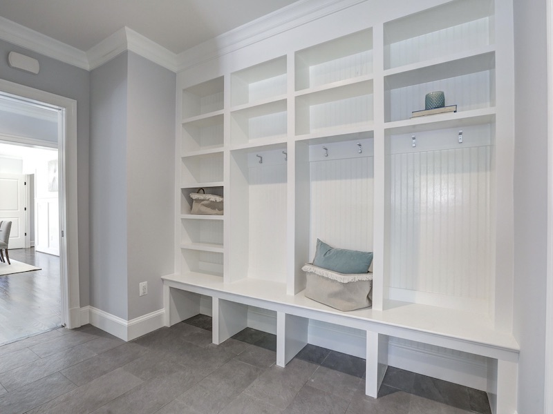 How To Design The Perfect Mudroom For Your Home