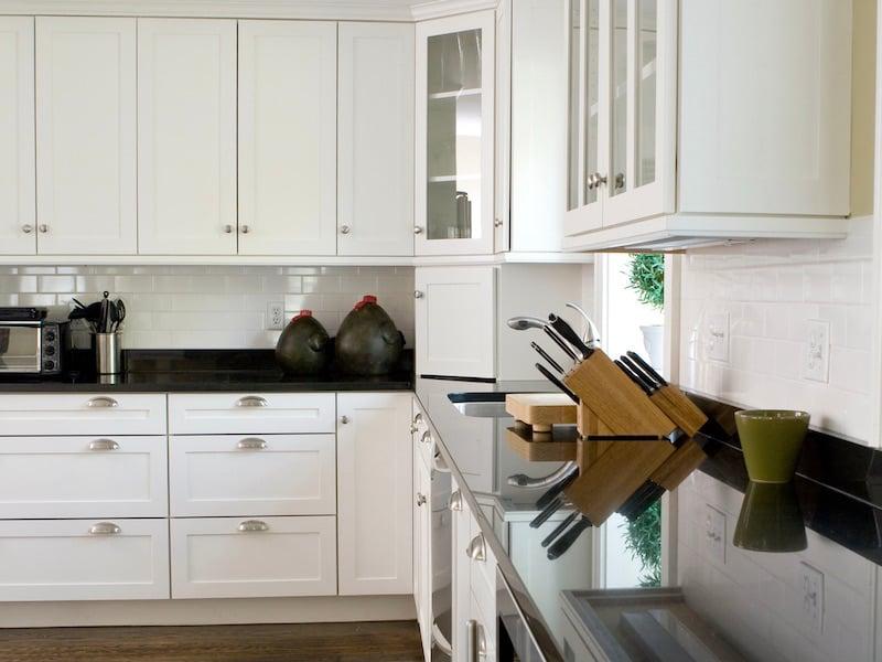 Kitchen Cabinet Hardware - Style - Transitional