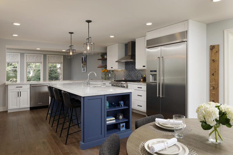 Meridian Homes - Custom Kitchen - Blue Island