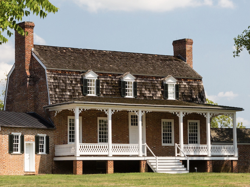 Traditional Home Architecture and Design - Dutch Colonial
