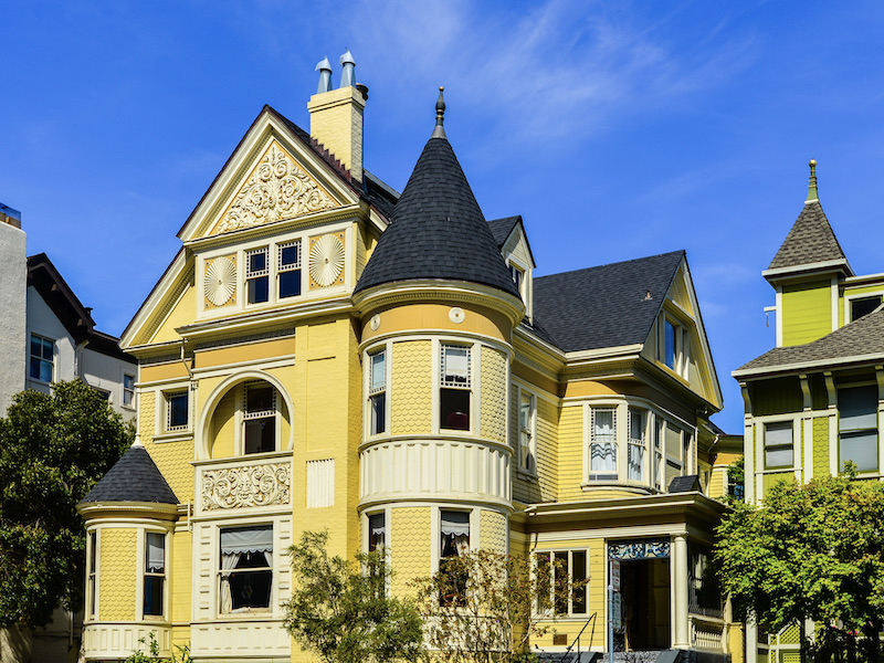 Traditional Home Architecture and Design - Victorian Style