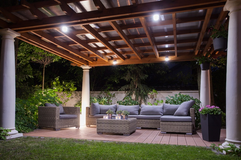 10 Tips For Choosing Outdoor Furniture And Accessories
