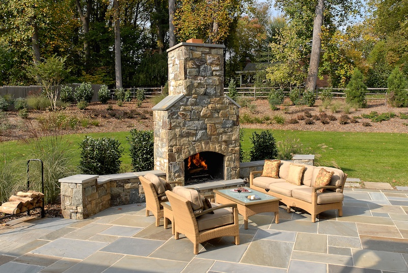 9_Tips_For_Outdoor_Living_Design_6