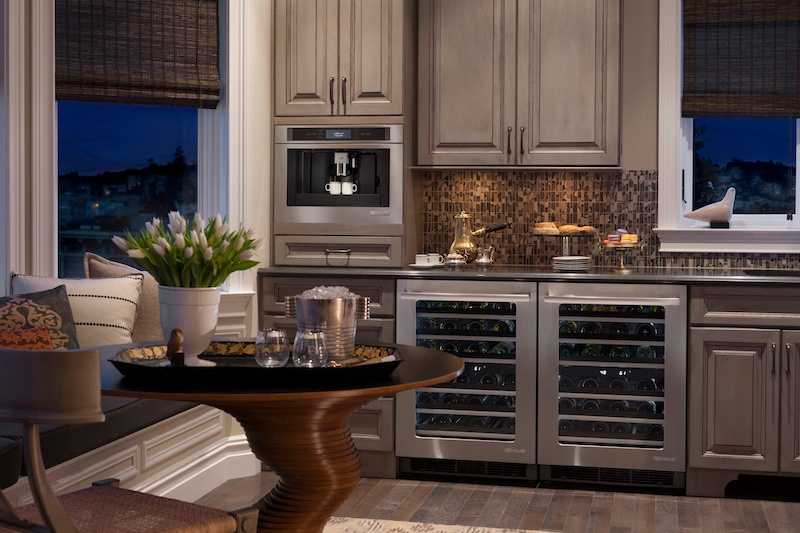A Guide To Choosing The Best Beverage Center For You