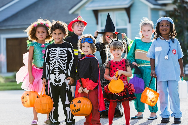 How To Make Your Home Safe For Trick-or-Treaters