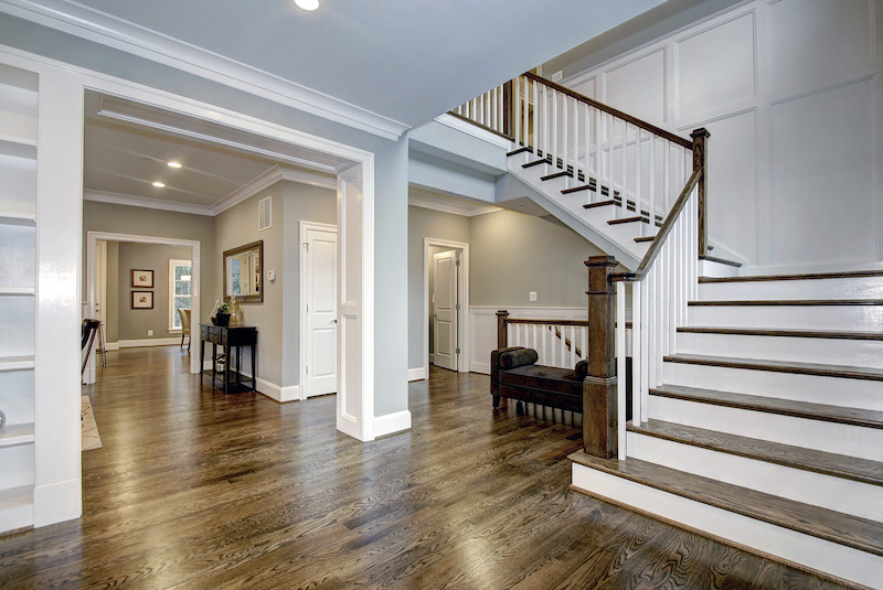 How To Choose Hardwood Flooring That Is Perfect For Your Home